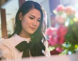 Top 10 Hoa hậu Hoàn vũ Ngọc Anh nổi bật trên ghế giám khảo