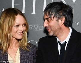 Bạn gái cũ Johnny Depp có bồ mới