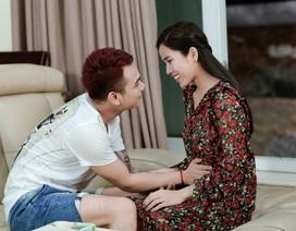 Khắc Việt chấp nhận yêu một người đã mang thai với người khác