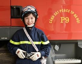 """""""Bông hồng thép"""" của đội Cảnh sát Phòng cháy chữa cháy Hà Nội"""