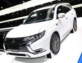 Mitsubishi Outlander PHEV có động cơ mới