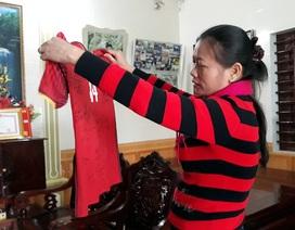 Món quà muộn ngày 8/3 của Văn Đức U23 khiến người mẹ xúc động