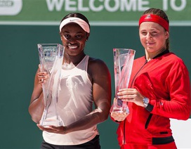 """Miami Open: Hạ """"thần đồng"""" Ostapenko, Stephens giành cúp bạc"""