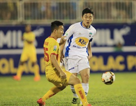 Văn Toàn và Hồng Duy ghi bàn, HA Gia Lai thắng trận đầu tại V-League