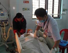 Xe cứu thương gặp tai nạn liên hoàn, 6 người thương vong