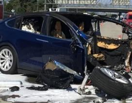Mổ xẻ nguyên nhân vụ tai nạn chết người của xe Tesla