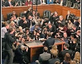 Mark Zuckerberg vượt qua phiên điều trần 5 tiếng, cổ phiếu Facebook tăng mạnh