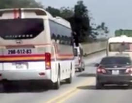 """Từ khi nào vượt lấn làn trên đường cao tốc đã là chuyện """"thường ngày ở huyện""""?"""