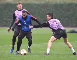 Arsenal ra sức tập luyện, sẵn sàng làm khách trước CKSA