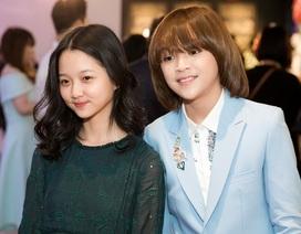 Quán quân Idol Kid Thiên Khôi lớn bảnh bao sánh đôi cùng diễn viên Lâm Thanh Mỹ