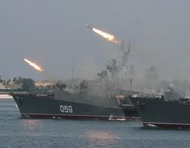 """Nga tung """"đòn nghi binh"""" trước cảnh báo tấn công quân sự của Mỹ tại Syria?"""