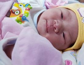 Sản phụ đầu tiên điều trị vô sinh thông tắc vòi trứng sinh con tự nhiên