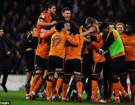Xác định CLB đầu tiên lên hạng tại Premier League