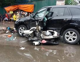 Vụ ô tô đâm liên hoàn trên phố Hà Nội: Một phụ nữ tử vong