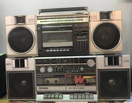 Người đi buôn kỷ niệm, 27 năm gắn bó với đài cassette