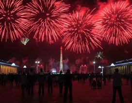 Triều Tiên bắn pháo hoa mừng sinh nhật cố lãnh tụ