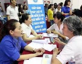 Bộ LĐ-TB&XH giải đáp các thắc mắc về tiền lương và BHXH