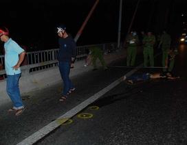 Đôi nam nữ nằm chết trên cầu, nghi bị xe tông