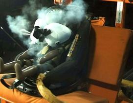 Ghế ô tô dành cho trẻ em đầu tiên trên thế giới có túi khí