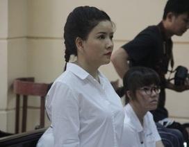 Diễn viên Ngọc Trinh và Nhà hát kịch TPHCM lại đưa nhau ra tòa