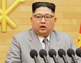 """Ông Kim Jong-un """"dọn đường"""" cho cải cách kinh tế"""
