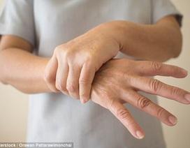 Thiết bị làm giảm run tay tuổi trung niên