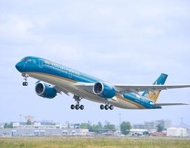 """Vietnam Airlines """"bắt tay"""" với """"ông trùm"""" hàng hiệu bán hàng miễn thuế trên máy bay"""