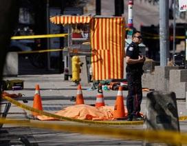 Tấn công bằng xe tải ở Canada, ít nhất 10 người chết