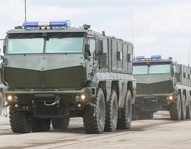 Xe tăng, tên lửa Nga rầm rập đổ về Moscow chuẩn bị duyệt binh
