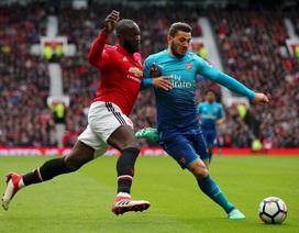 MU 2-1 Arsenal: Nỗi buồn từ phút bù giờ