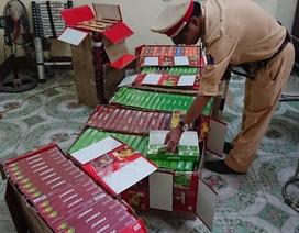 Xe khách vận chuyển hơn 5.000 gói hương liệu shisha không giấy tờ