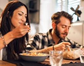 Tại sao nên ăn chậm?