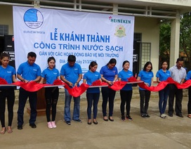 """""""1 phút tiết kiệm triệu niềm vui"""" tiếp tục hỗ trợ 2 công trình nước sạch cho cộng đồng"""