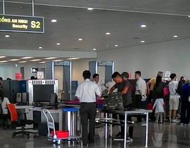 """Hành khách giấu 1 kilogam vàng trong sạc dự phòng để """"tuồn"""" sang Hàn Quốc"""