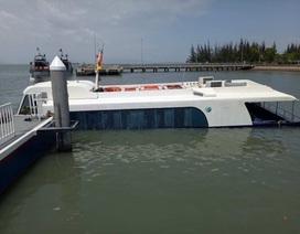 Trục vớt tàu cao tốc chở 42 người bị chìm trên biển Cần Giờ