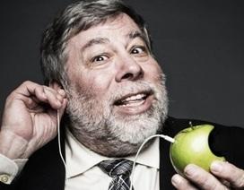 """Đồng sáng lập Apple """"tẩy chay"""" và đóng tài khoản mạng Facebook"""