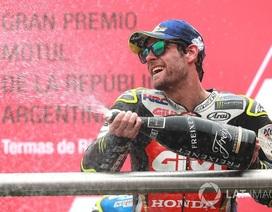Những va chạm nguy hiểm của Marquez đã làm lu mờ chiến thắng của Crutchlow