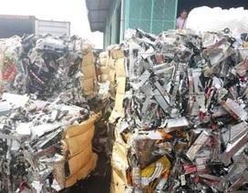 """Nhiều container phế liệu cấm nhập khẩu muốn """"chui"""" vào Việt Nam"""