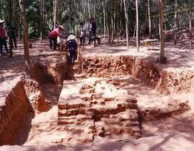 Phát hiện phế tích nền móng tháp Chăm gần 1.000 năm tuổi