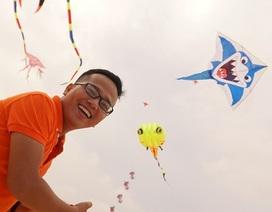 Trẻ nhỏ Sài thành thích thú với lễ hội diều ở Mũi Né