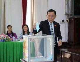 Cần Thơ miễn nhiệm ủy viên UBND thành phố với Giám đốc Sở GTVT