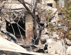 Hiện trường vụ cháy gây chết người dưới chân cầu Vĩnh Tuy