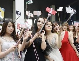 """Dàn bóng hồng tại """"nhà máy sản xuất sao mạng"""" hàng đầu Trung Quốc"""