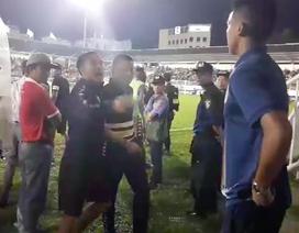 HA Gia Lai phủ nhận chuyện người của BTC sân đòi đánh HLV Chu Đình Nghiêm
