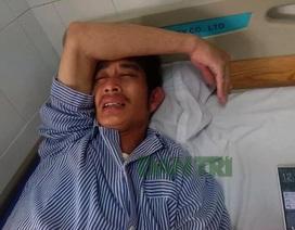 """Chuyển tài xế taxi bị """"choảng"""" gạch sang Bệnh viện Việt Đức điều trị"""