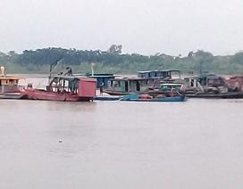 Cát tặc lộng hành trên sông Hồng, người dân lắc đầu ngao ngán!