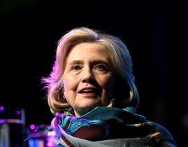 Bà Hillary Clinton cảnh báo Australia về sự can thiệp của Trung Quốc