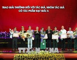 """8 tác phẩm nhận giải A chủ đề """"Học tập và làm theo tư tưởng, đạo đức, phong cách Hồ Chí Minh"""""""