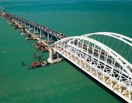 Nga lập các lớp phòng thủ bảo vệ cây cầu thế kỷ nối liền bán đảo Crimea