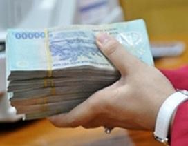 Gửi tiết kiệm lấy lãi cũng lo phải nộp thuế thu nhập: Bộ Tài chính nói gì?